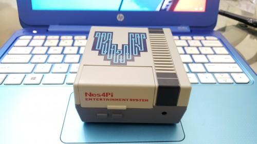 Retro Console 642G