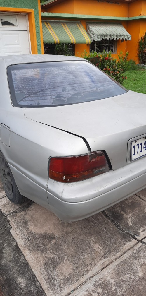 1995 Toyota Vista Damaged