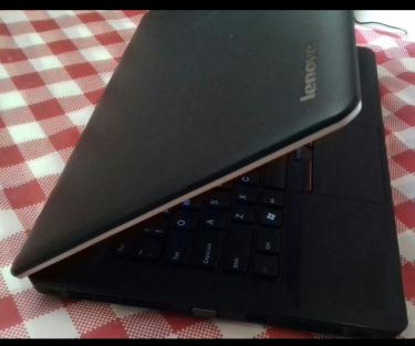 LenovoThinkpadEdge COREi5 500GB/W10 14inch