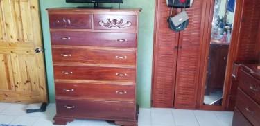 King Sized Bedroom Set Used