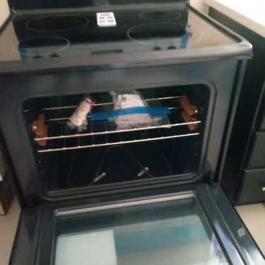 New Out Of BoxFrigidaire 30inch Electric Stove