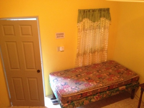 Shared Bedroom (Female Coll. Students/Call Center)