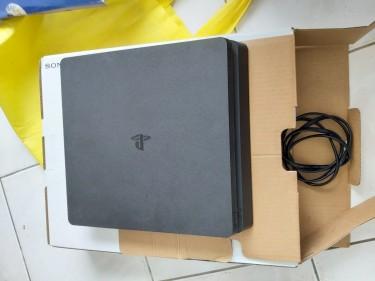 Jailbroken Sony Play Station 4