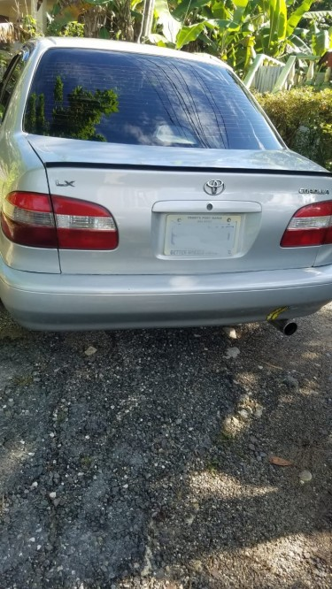 1999 Toyota Corolla 111