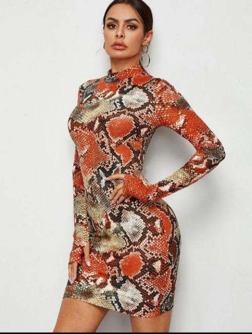 4 Dress For 5500