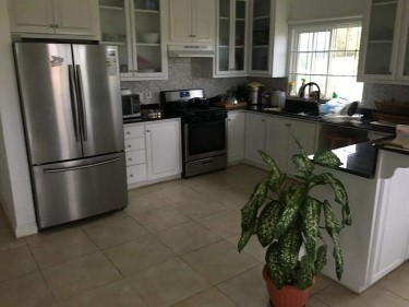 Furnished 1 Bedroom Shared Home In Gated Community