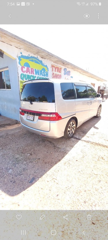 2009 HONDA STEPWAGON  $$980 NEG. !! CLEAN!!