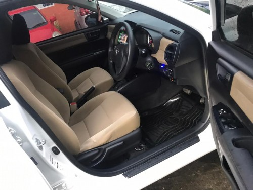 2013 Toyota Axio 1,330,000 Neg