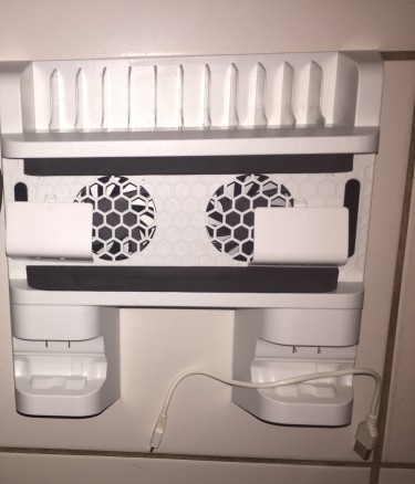 Xbox One Cooler Stand/charger