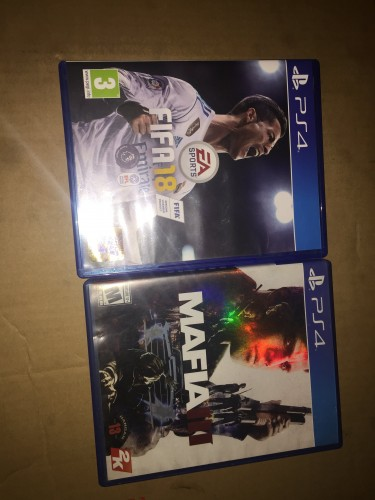 Xbox One And Ps4 CDs