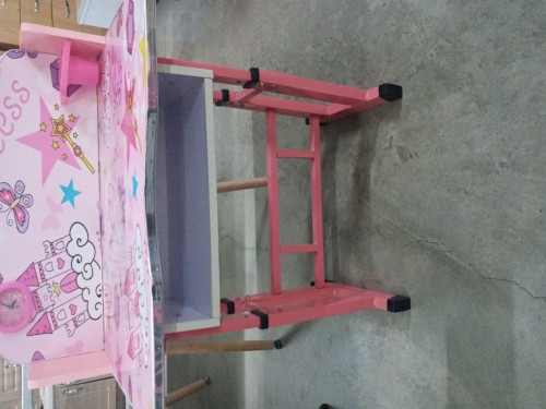 Very Solid Foldable Tables And Foldable Chairs