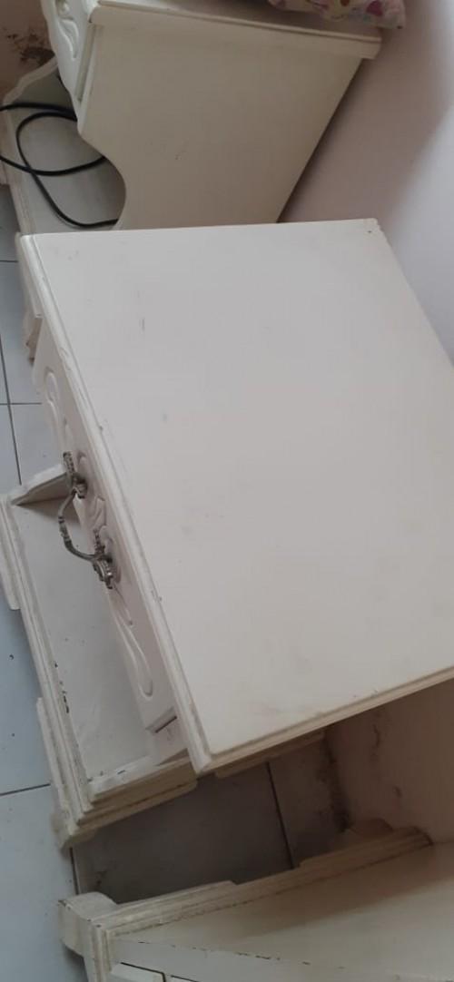 Used White Bedroom Set