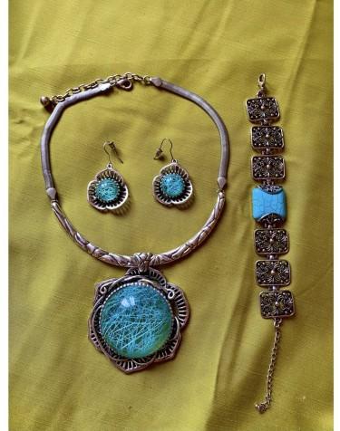 Unique Necklace Set