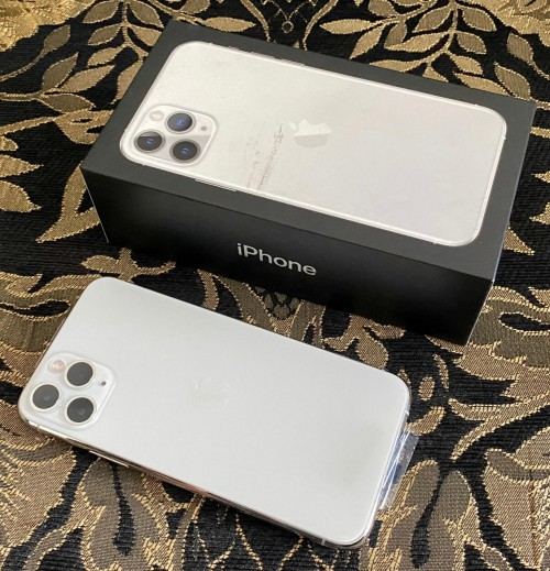 BRAND NEW IN BOX IPhone11pro<br /> (64GB,Unlocked)<br /> -