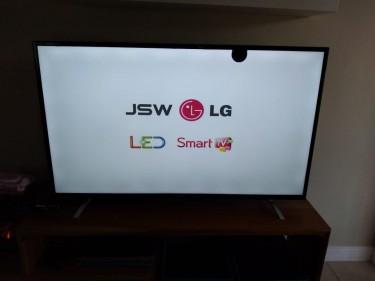 55 Inch JSW Smart TV