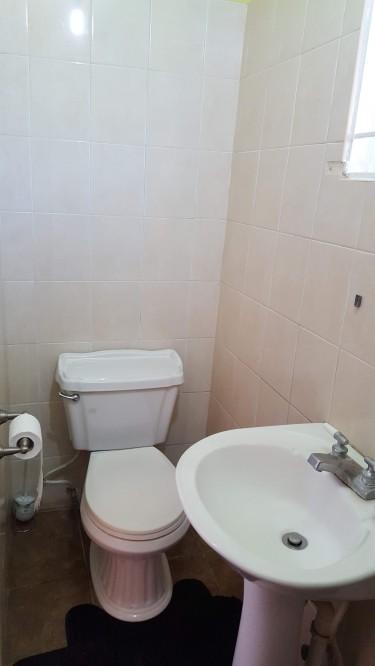 1 Bedroom Own Bathroom & Full Kitchen