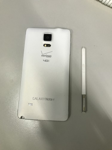Galaxy Note 4. Fully Functional. No Issues.