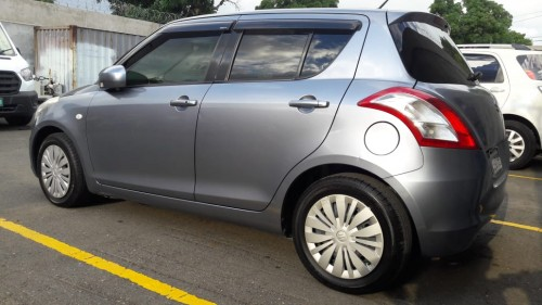 2015 SWIFT; LADY DRIVEN; IMMACULATE CONDITION