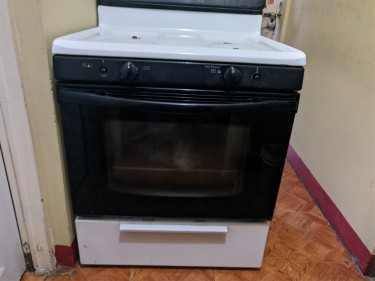 Frigidaire Stove For Sale -30 In