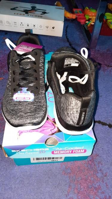 Skechers Woman's Flex 2.0 Sneakers