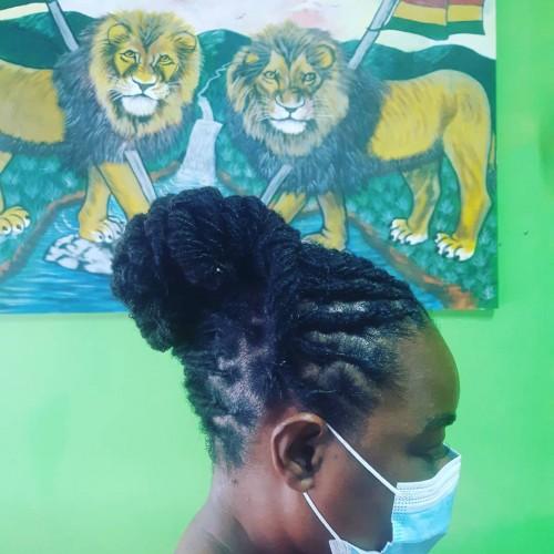 Hairdresser Assistant