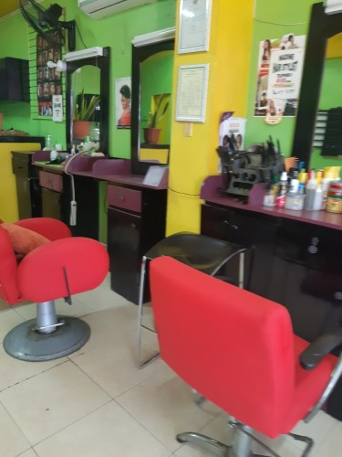 Hair, Barber And Nail Station For Rent