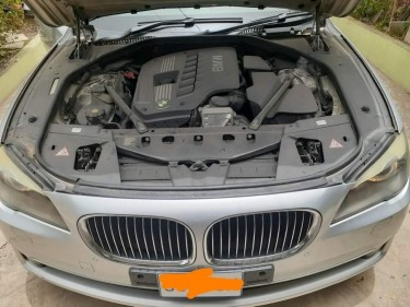 2011 BMW 730LI