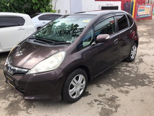 Newly Imported 2011 Honda Fit 1.080mil Neg