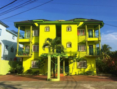 1 Bedroom W/ Private Bathroom And Balcony