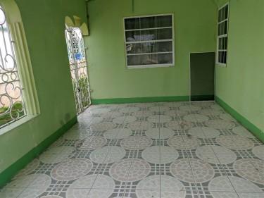 4 Bedroom 4 Bath House Incl Income Earning Studio
