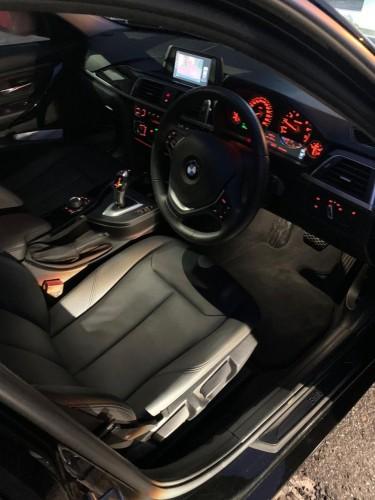 2017 BMW 318i