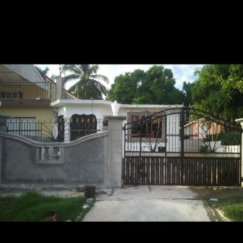 4 Bedroom 2 Bathroom House For Sale