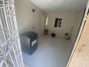 Self Contained 1 Bedroom