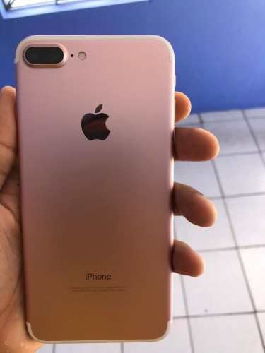 Brand New IPhone 7plus Everything Works