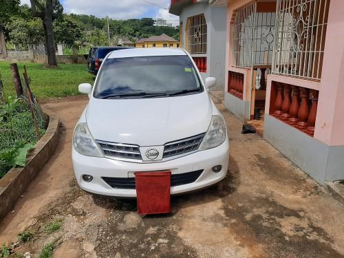 2011 Nissan Tiida Latio