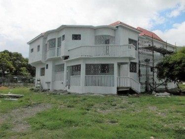 Ocean And Mountain View House For Sale