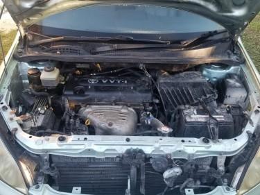 2003 Toyota Picnic