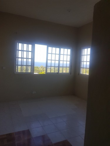 1 Bedroom Monthly Lease Utilities Included