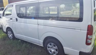2017 Toyota Hiace Bus