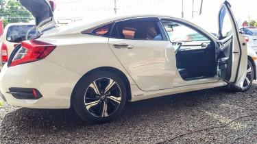 2016 Honda Civic Touring Turbo