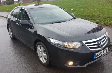 2015 HONDA ACCORD (Fully Loaded) Cars Half Way Tree