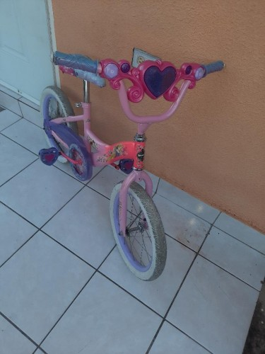 Used Toddler Girl Bike With Training Wheels