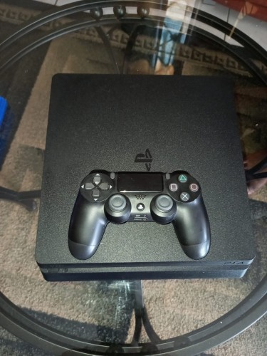 Ps4 (1 Month Old)
