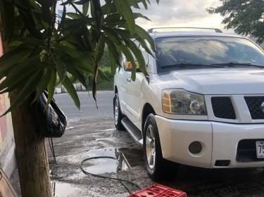 2005 Nissan Armada Titan