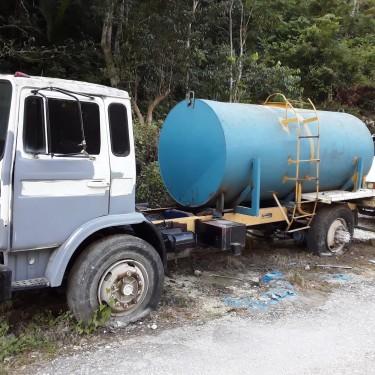 Mack 2000 Gallon Water Truck