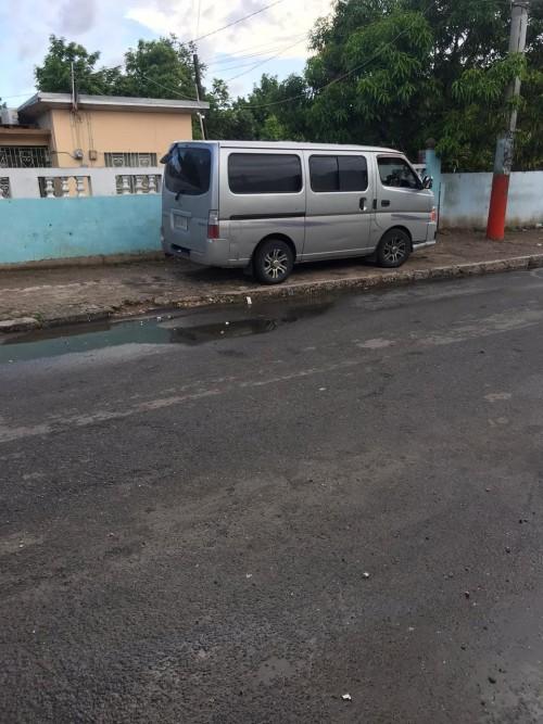Nissian Caravan