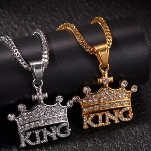 King Crown Shaped Pendant Necklace