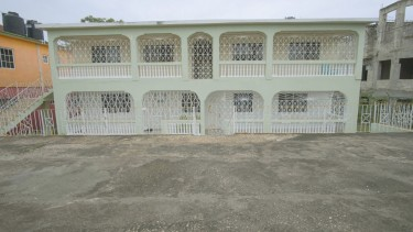 Newly Renovated - MoBay 1-Bedroom Studio Apartment