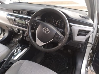 2017 Toyota Corolla Dealer Bought And Serviced