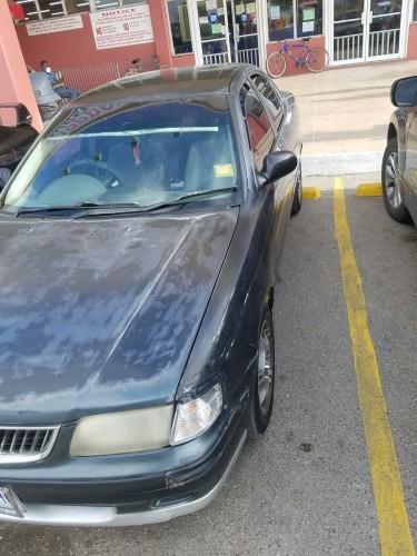 2000 Nissan Sunny B15